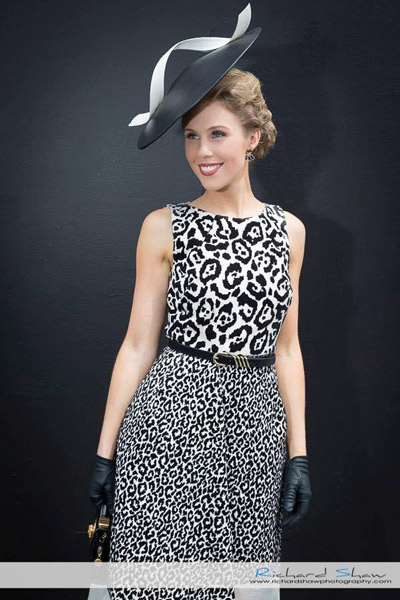 big and small leopard pattern monochrome