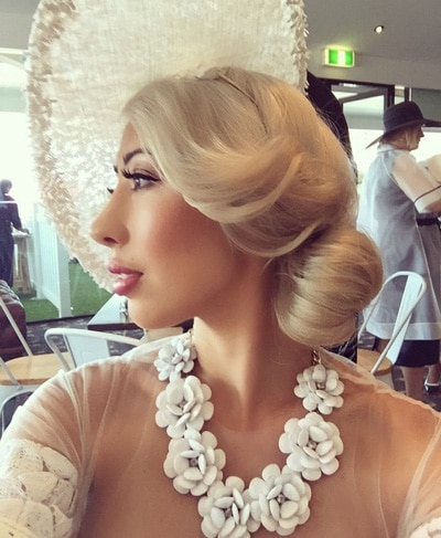 Races Hairstyles with Fascinators - Hair Ideas for Race Day 3ee1cd2e718