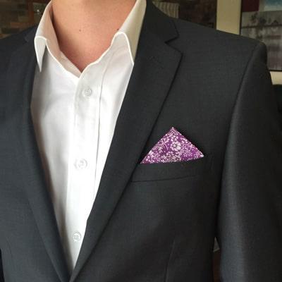 One tip up pocket square fold