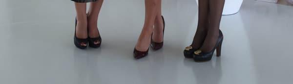 Winter shoes enclosed peep toe