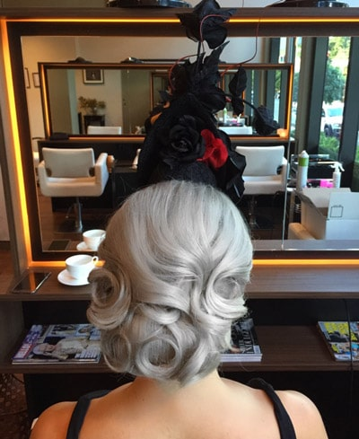 race day hairstyle with fascinator