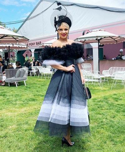 full skirt twirl dress