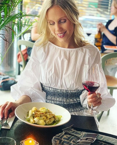 red wine and pasta italian restaurant